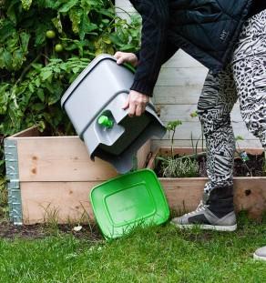Lav dit eget fermenterede madaffald med Bykompostspanden