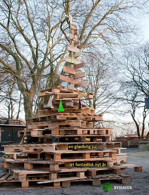 Juletræ lavet af paller