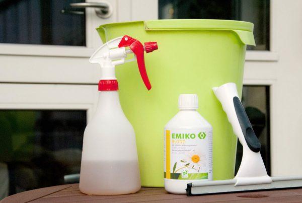 Rengøring med de effektive mikroorganismer